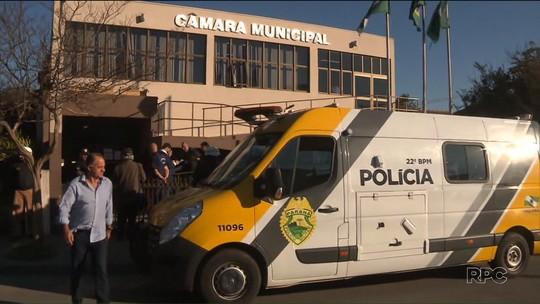 Policiamento é reforçado na Câmara de Colombo para votação de projeto que altera regras do funcionalismo