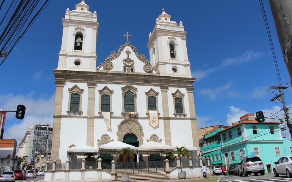 Restos mortais de Maria Quitéria estão no ossário da Igreja Matriz do Santíssimo Sacramento e Sant'Ana, no bairro de Nazaré, em Salvador. — Foto: Natally Acioli / G1