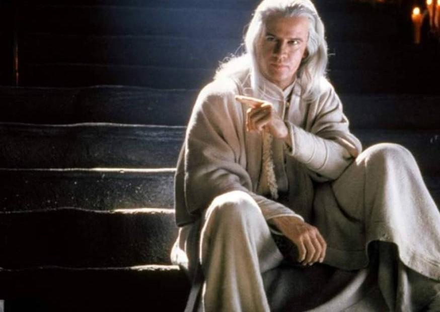 O ator Christopher Lambert em cena de Mortal Kombat (1995) (Foto: Reprodução)