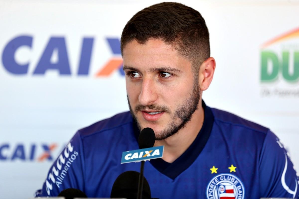 84fbf0abf6 Palmeiras anuncia contratação de Zé Rafael