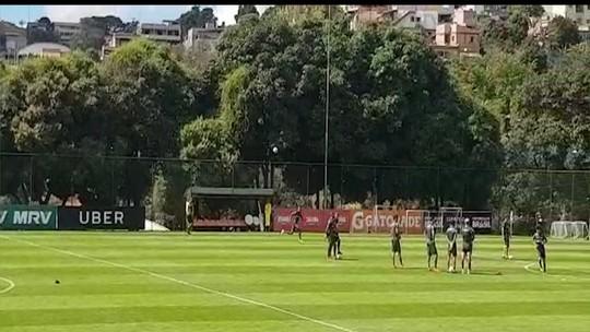 Rachão, capricho nas faltas e orientação a laterais: o Galo que encara o Grêmio