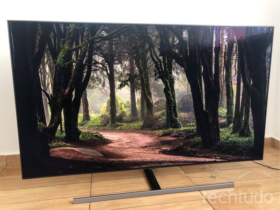 Review Samsung QLED Q80R: TV que 'some na parede' tem preço alto no Brasil