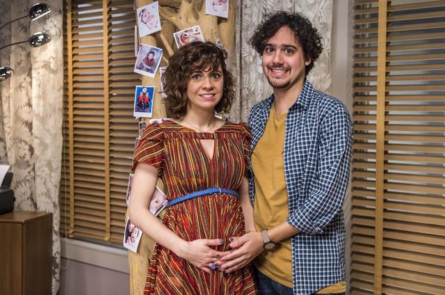 Renata Gaspar e George Sauma serão Taís e Pedro em 'Pais de primeira' (Foto: Globo/ Paulo Belote)