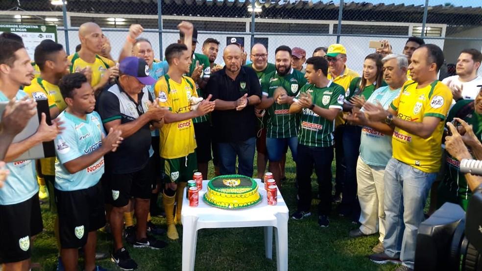 Aniversário Picos  — Foto: Arthur Ribeiro/GloboEsporte.com