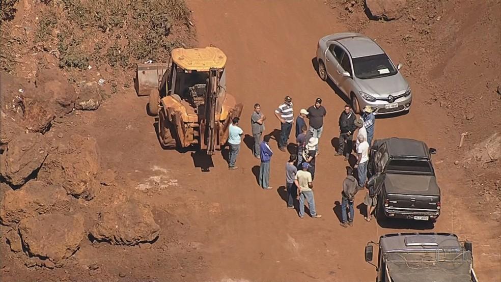 Polícia Federal faz operação de combate de extração ilegal de minério em Nova Lima — Foto: Reprodução/TV Globo