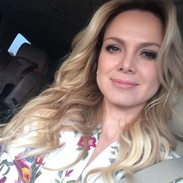 Eliana vai à reunião do filho (Foto: Reprodução / Instagram)