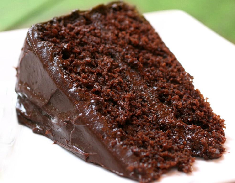 Bolo Levíssimo De Chocolate Receitas Gshow Gshow