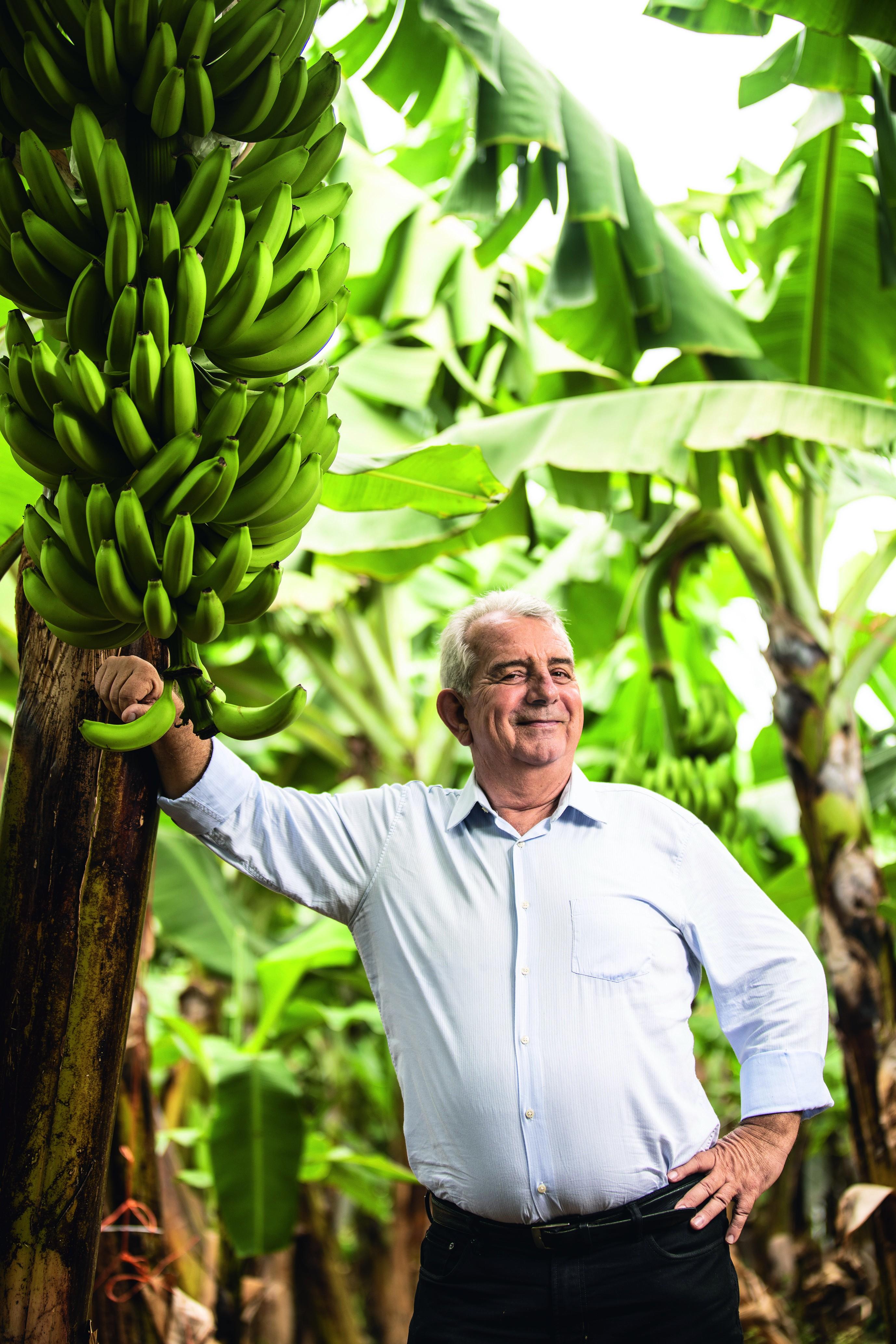 O paulistano que migrou para o Ceará em 1999 se tornou o maior exportador de bananas do Brasil para o mercado europeu (Foto: Luiz Maximiano/Editora Globo)