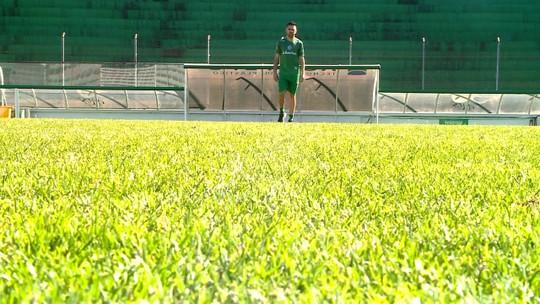 """Reforço do CRB, Lucas espera repetir parceria com Claudinei: """"Jogamos juntos em escolinha"""""""