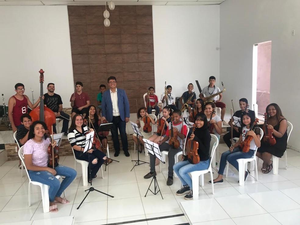 Orquestra Conviver no Jardim Arco, em Anápolis, Goiás — Foto: Comunicação Sem Fronteiras/Divulgação