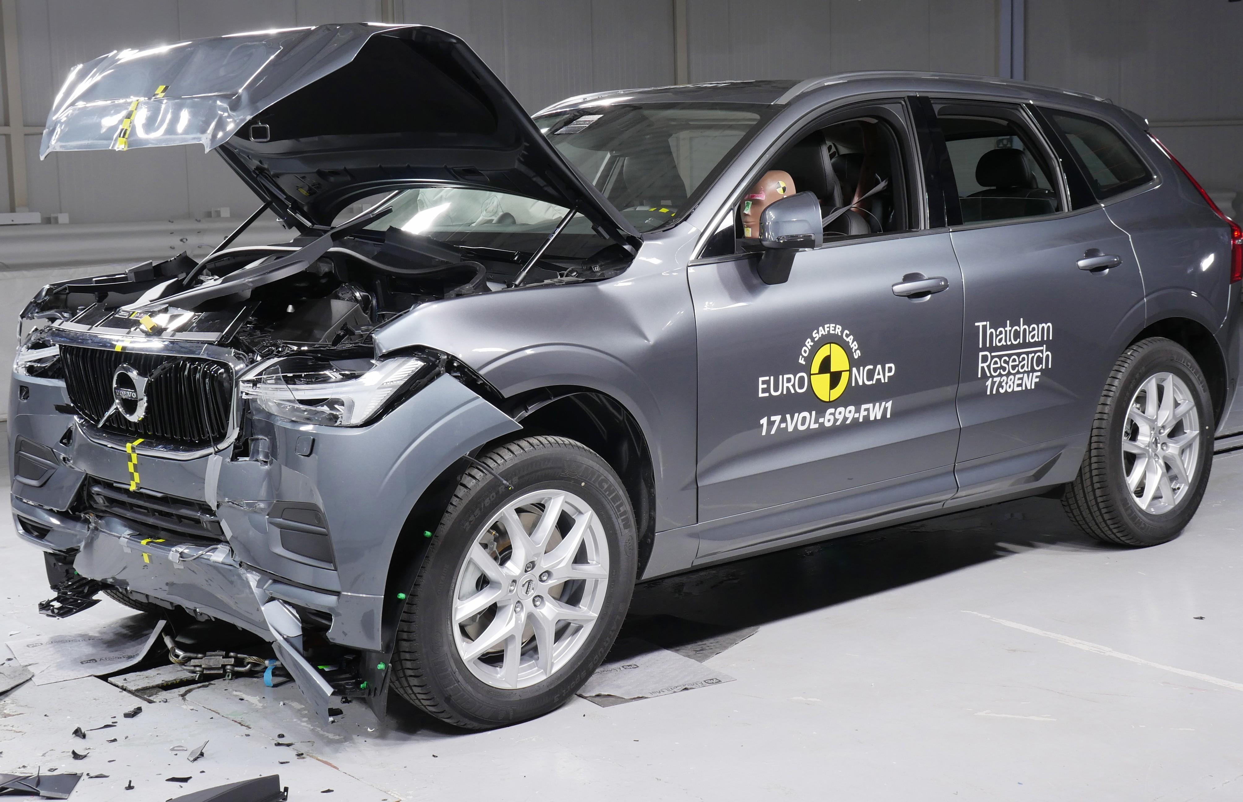 Volvo XC60 tira cinco estrelas no crash test do Euro NCAP (Foto: Divulgação)
