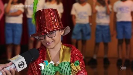 Centenário do Chacrinha é lembrado em projeto pedagógico com apresentações infantis