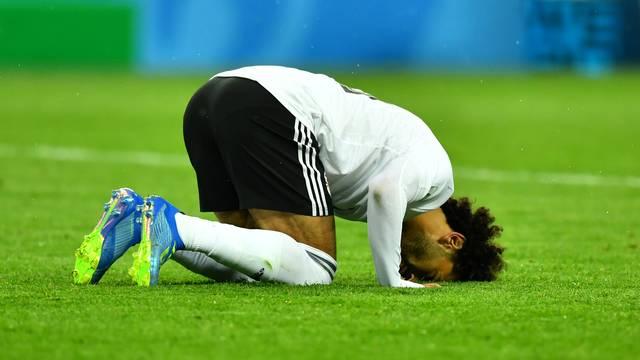Salah comemora o gol diante da Rússia, mas não foi o suficiente para a vitória
