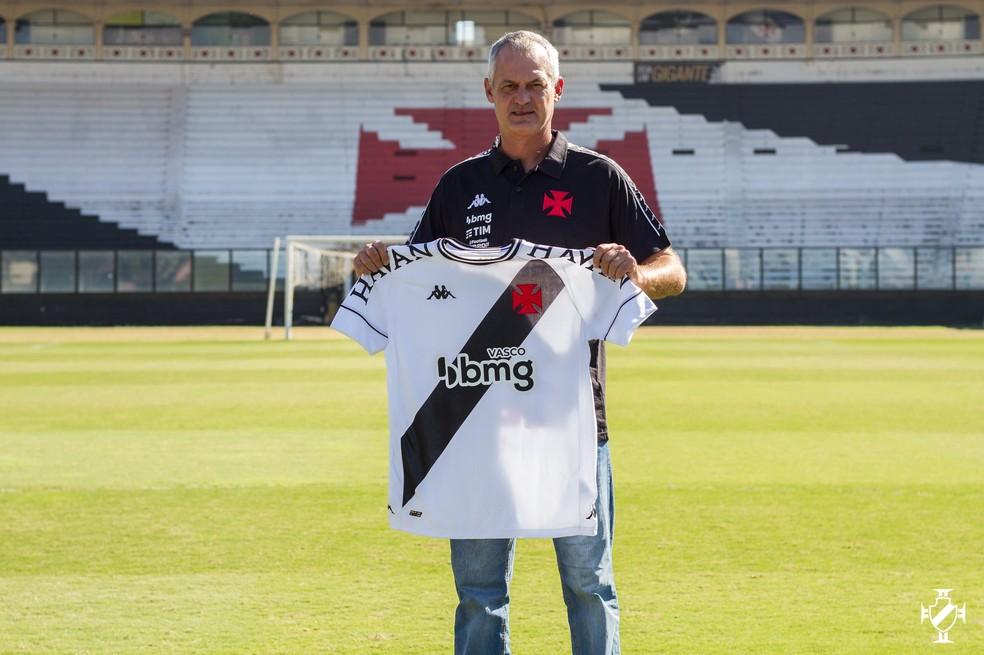 Lisca é o novo treinador do Vasco — Foto:  Vitor Brügger/Vasco