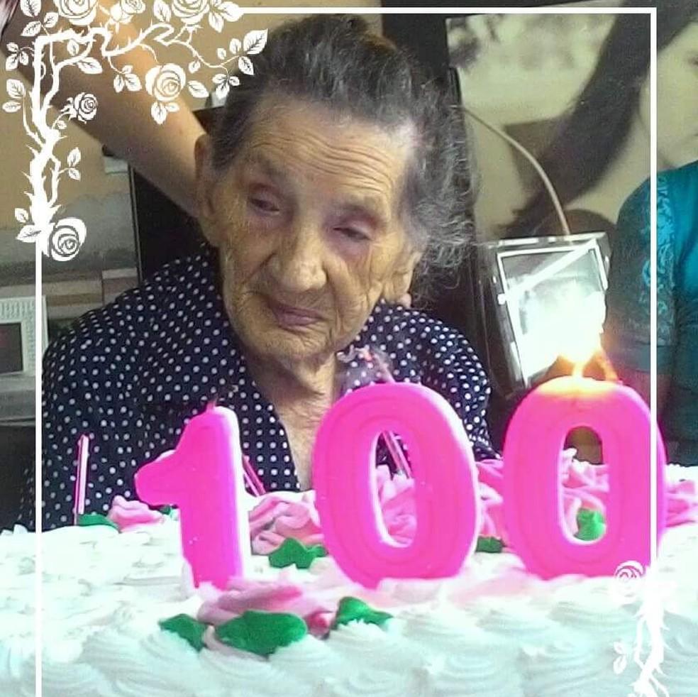 Comemoração de 100 anos de Sebastiana Matos (Foto: Jane Alves/Arquivo Pessoal)