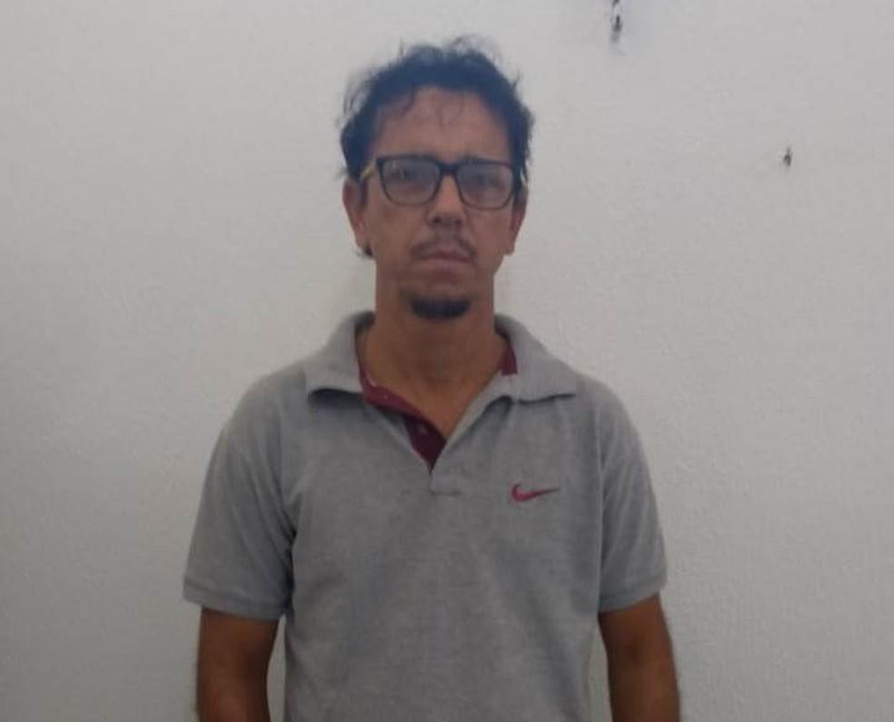 Homem foi preso por estelionato em Aracaju — Foto: Divulgação/Polícia Civil