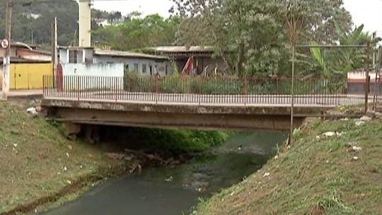 Falta de manutenção em ponte preocupa moradores de Santa Isabel