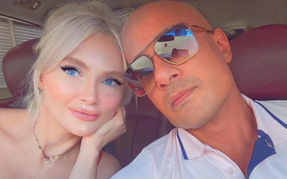 Marcão e a noiva Kis Piovesana — Foto: Reprodução/Instagram