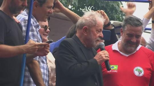 Ex-presidente Lula discursa no Sindicato dos Metalúrgicos do ABC, em São Paulo