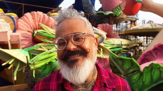 Ronaldo Fraga vai desenhar fantasias da Velha Guarda da Rosas de Ouro: 'Carnaval tem a mágica de um desfile de moda'