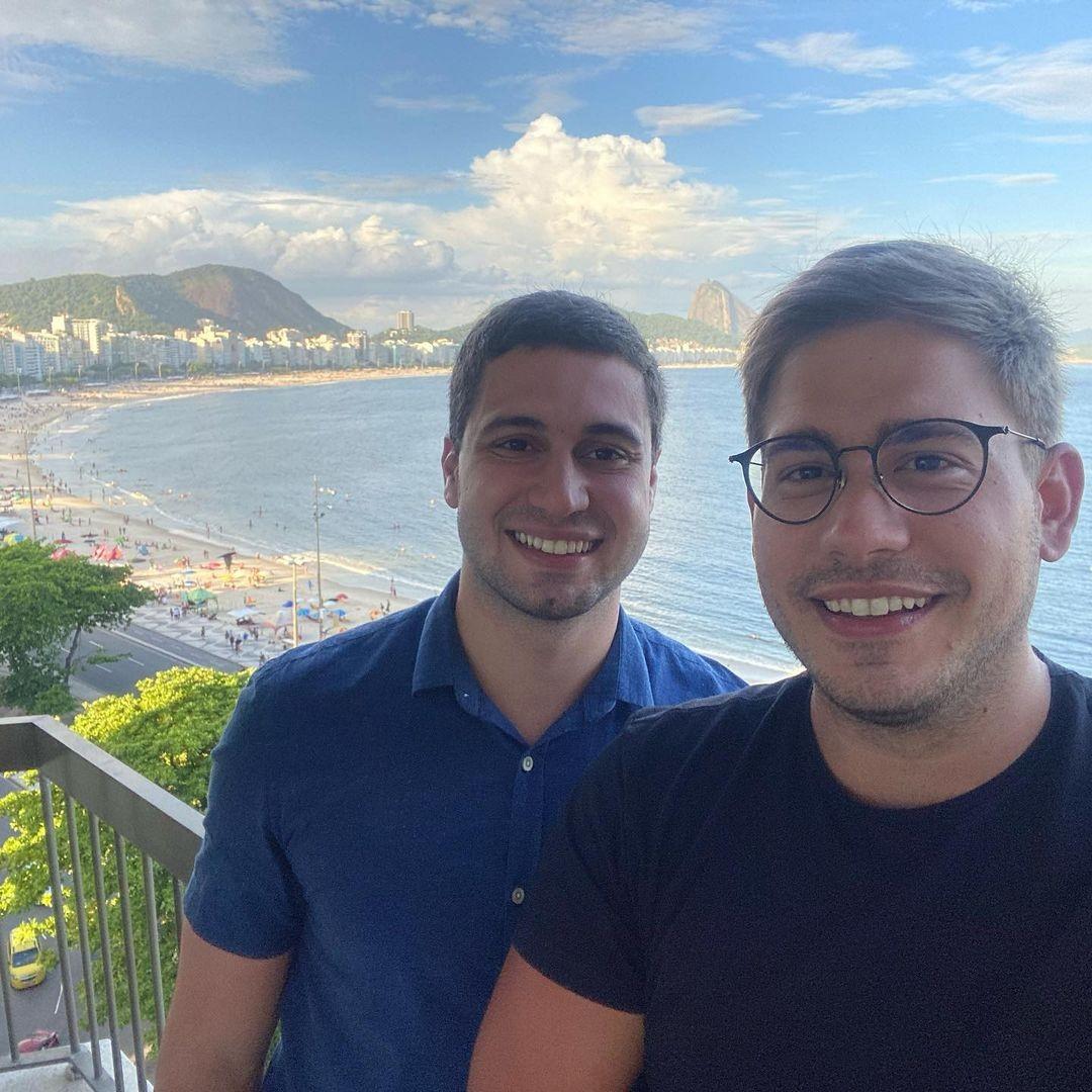 Jornalistas são vítimas de ataques homofóbicos; MP abre investigação contra padre