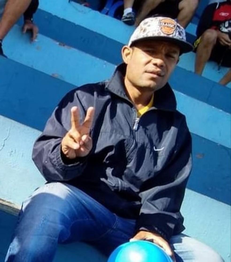 Manoel tinha 36 anos e foi atingido por pelo menos 5 tiros em Marília— Foto: Facebook /Reprodução