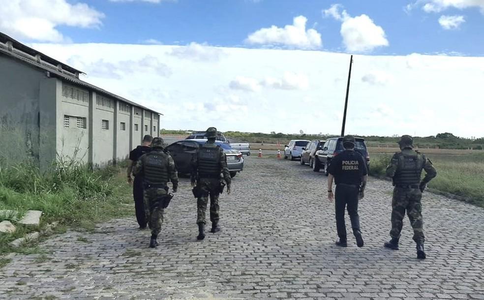 PF e PM desarticulam organização criminosa especializada no contrabando de cigarros no RN — Foto: Divulgação/PF