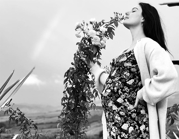 Os looks maternidade de Isis Valverde são uma inspiração para futuras mamães (Foto: Instagram)