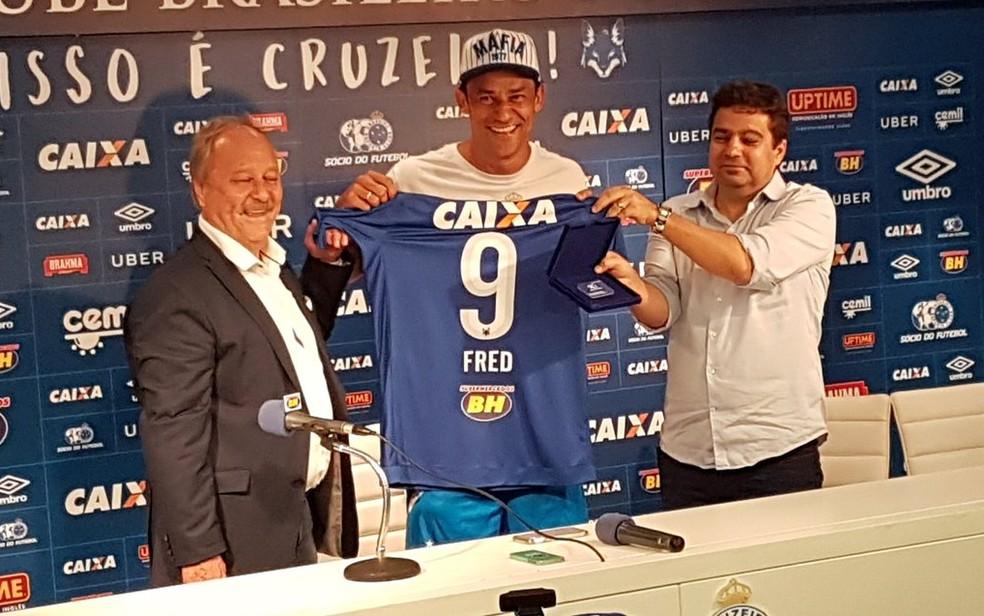 Negociação do Cruzeiro com Fred prevê pagamento de R$ 10 milhões ao Atlético-MG (Foto: Guilherme Macedo)