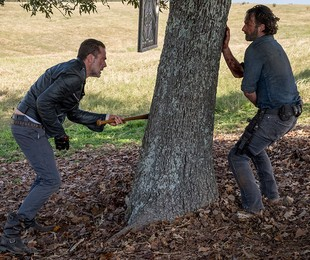 'The walking dead' fecha bem a oitava temporada (Gene Page/AMC)