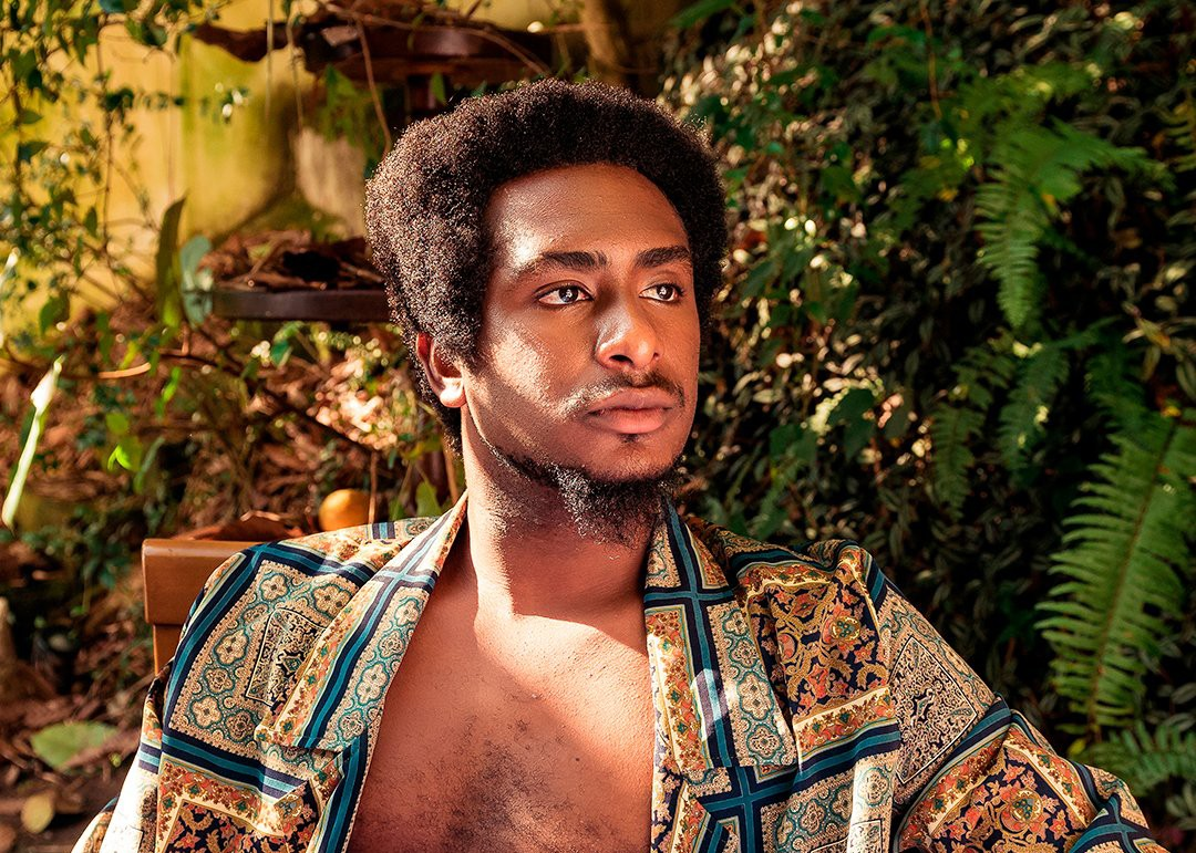 Luthuly aposta na sensualidade romântica de 'Pele', álbum pautado pelo R&B