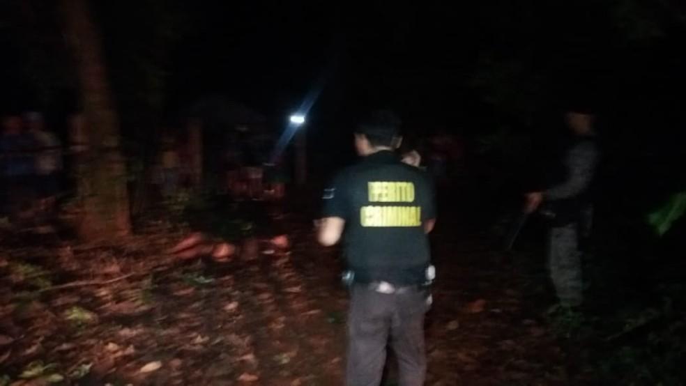 Perícia esteve no local onde o indígena foi encontrado morto em MS  — Foto: Polícia Civil/Divulgação