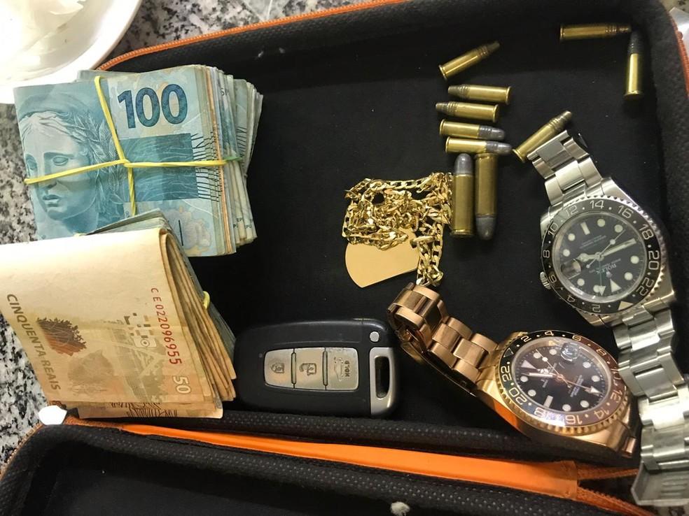 43f729145f9 ... Suspeito de integrar quadrilha de roubo de relógios é preso no pedágio  de Itupeva — Foto
