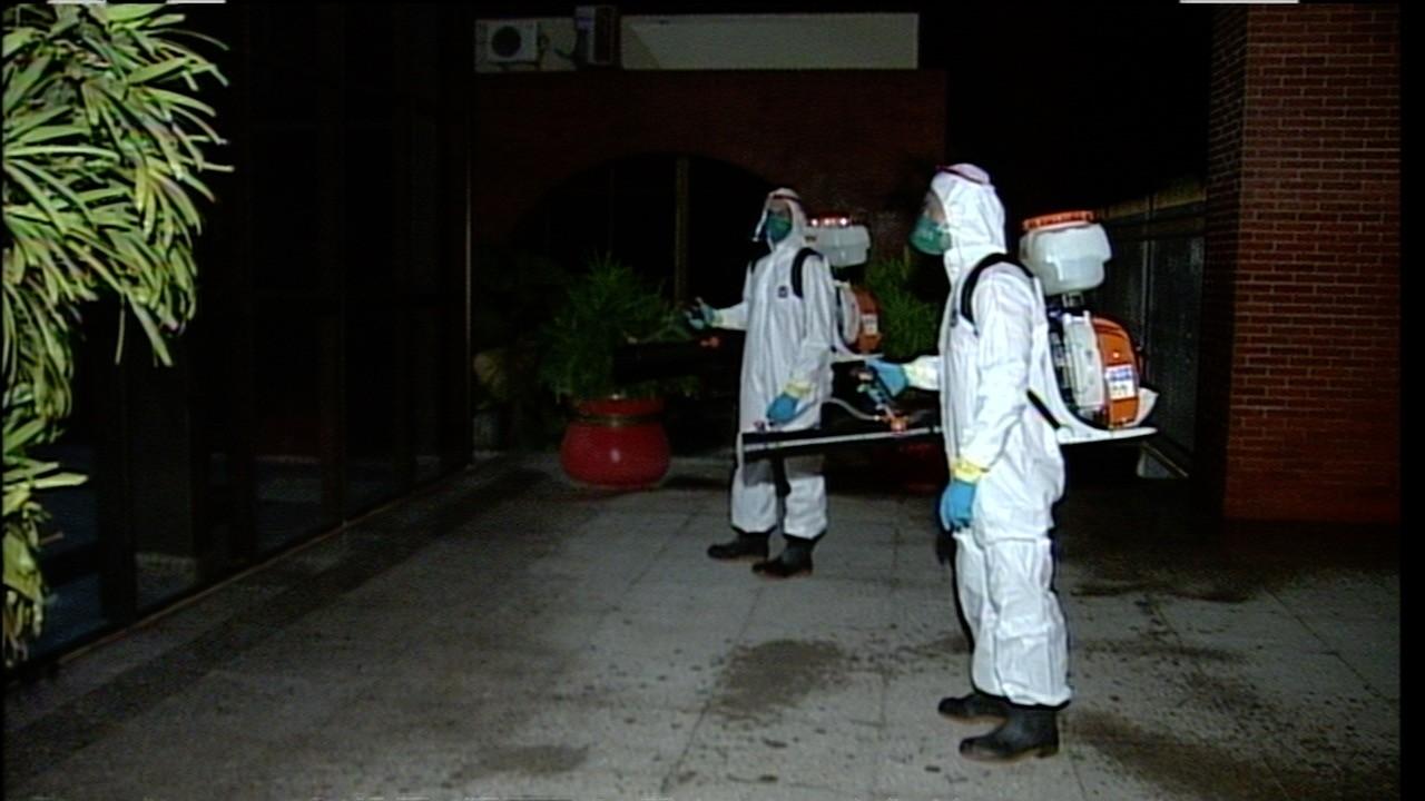 Palácio e Praça dos Girassóis passam por descontaminação contra coronavírus