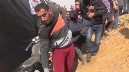 Confronto com Exército de Israel na fronteira de Gaza deixa palestinos mortos e centenas de feridos