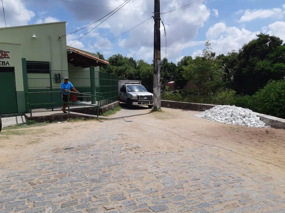 A polícia apurou com moradores que ele morava no Bairro Padre Junior Maria, em Caucaia.  — Foto: Leaben Monteiro/TV Diário