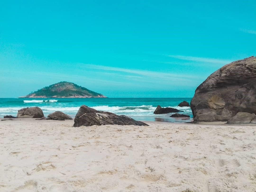 Praia de Abricó, no Rio de Janeiro, capital (Foto: Reprodução/Instagram)