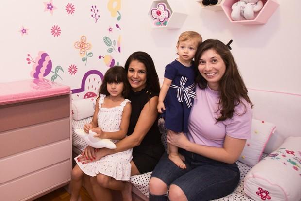Nívea Stelmann presenteia sobrinha com quarto montessoriano (Foto: Grão de gente)