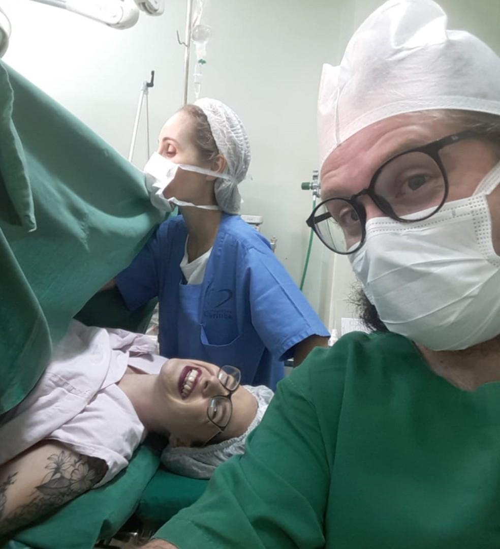 O bebê nasceu na mesma maternidade que o pai Arthur nasceu — Foto: Arquivo pessoal/Arthur Felipe Wogram