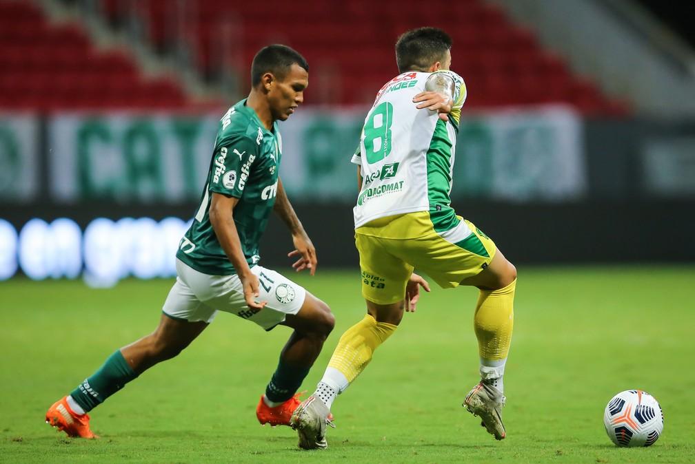 Gabriel Veron sofre lesão na coxa esquerda e deve ser desfalque para o Palmeiras nas próximas semanas - Palmeiras