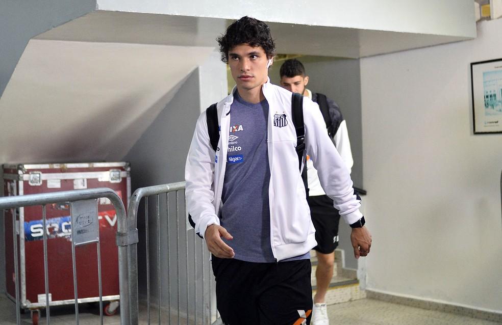 Flamengo também observa situação de Dodô, que está de saída do Santos — Foto: Marcos Ribolli