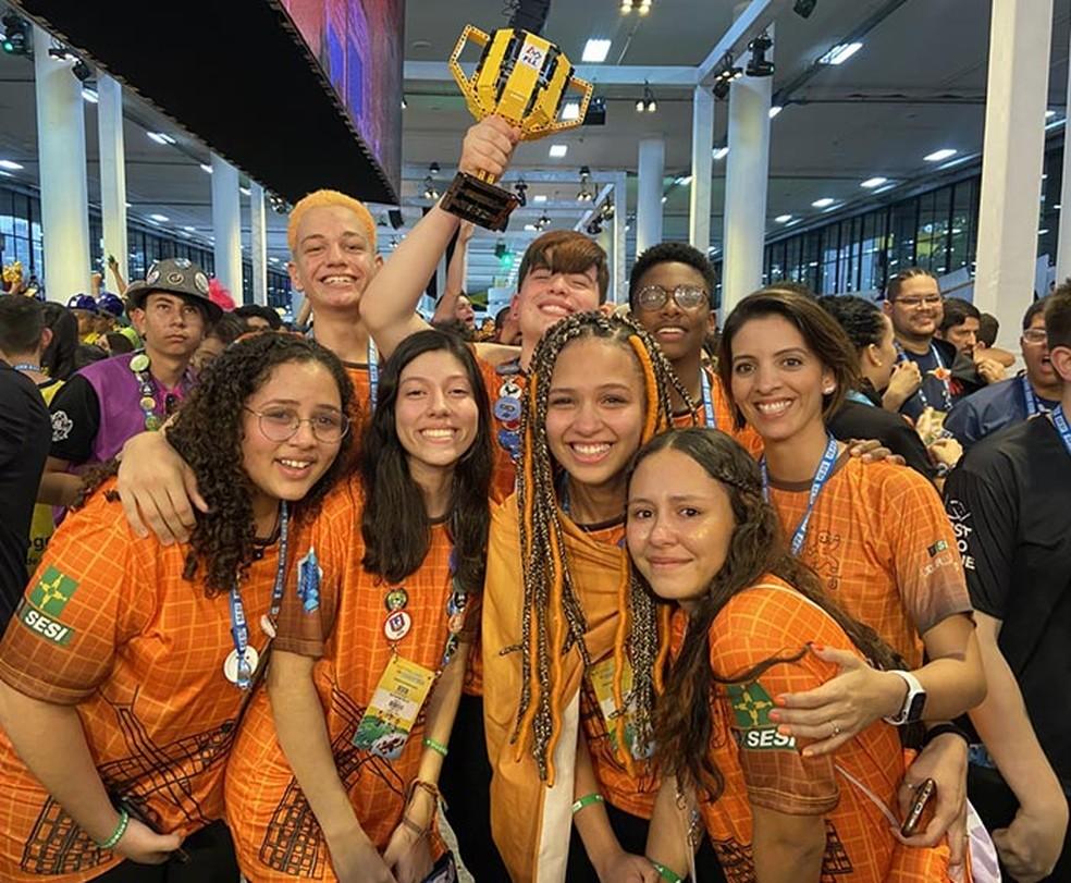 Festival Sesi de Robótica, em São Paulo. Equipe Bisc 8. — Foto: Sesi-DF/Divulgação