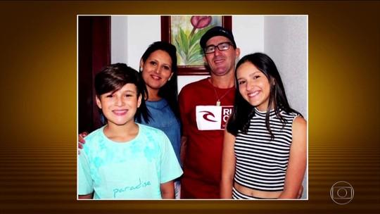 Amigos lamentam morte de brasileiros no Chile durante velório em SC