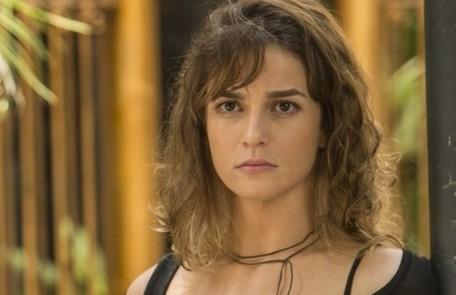 Na quarta (19), Sofia (Priscila Steinman) visita Jacaré (Sergio Malheiros) na prisão Reprodução