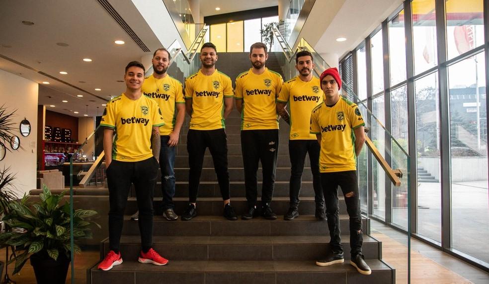 Com elenco 100% brasileiro, MIBR vai agitar a torcida brasileira em São Paulo — Foto: Reprodução/Betway esports