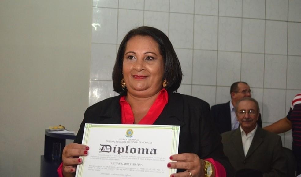 Justiça determina que prefeita de Novo Lino prove que sabe ler (Foto: Luzamir Carneiro/ JG Notícias)