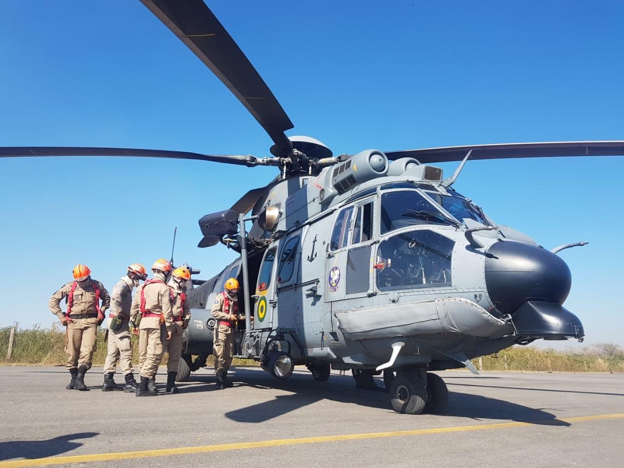 Militares de MS chegam em MT para ajudar a combater incêndio que já destruiu 600 mil hectares no Pantanal