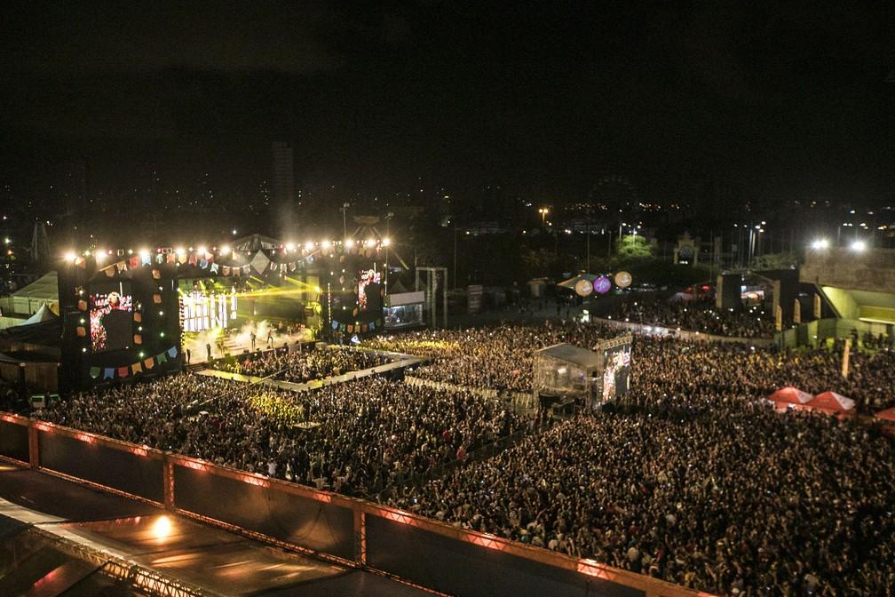 Multidão acompanhou os shows da primeira noite do São João da Capitá, na sexta-feira (8) (Foto: Charles Johnson/Divulgação)