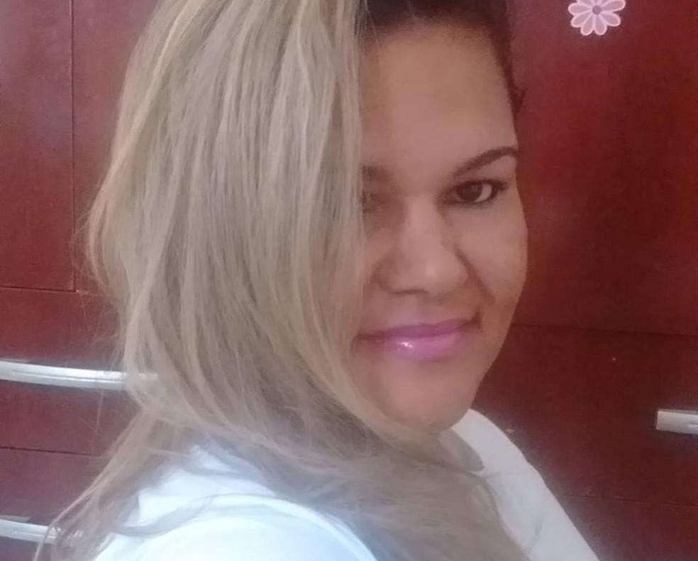 Quele Sabrina Chaves Santos foi morta a facadas  — Foto: Divulgação/DHPP