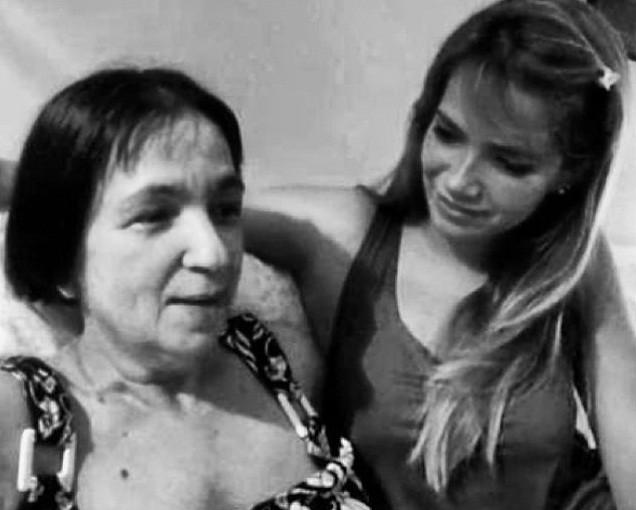 Fani Pacheco e a mãe, Adele (Foto: Instagram/Reprodução)